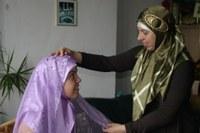 Hoe doe ik een hoofddoek om