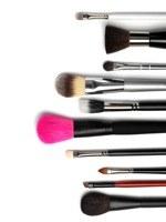 Hoe maak ik mijn make-up kwasten schoon